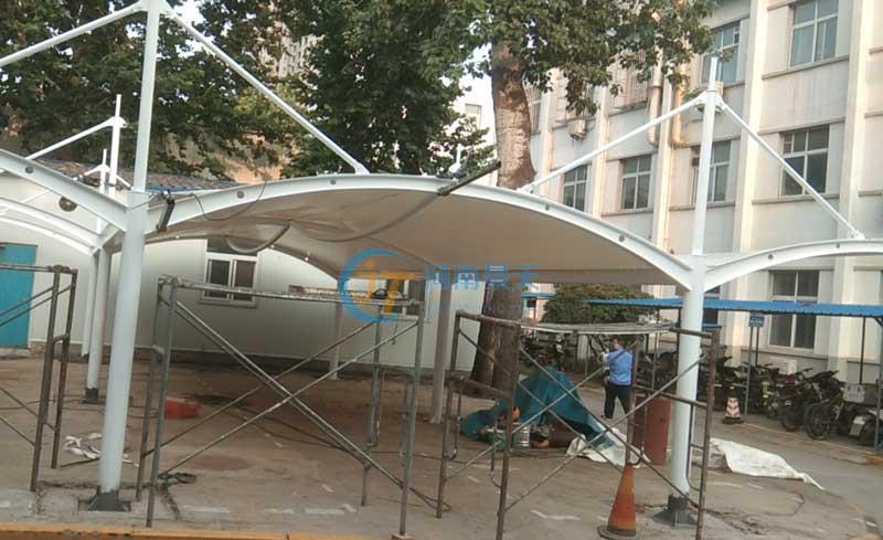 新乡小区膜结构自行车棚